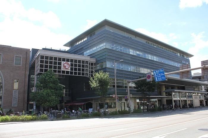「近江町いちば館」外観写真